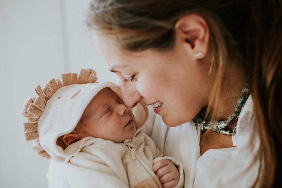 Newborn lifestyle photoshoot Eindhoven